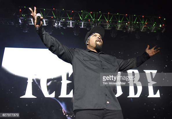 Ice Cube performs during Power 106's Cali Christmas at The Forum on December 2 2016 in Inglewood California