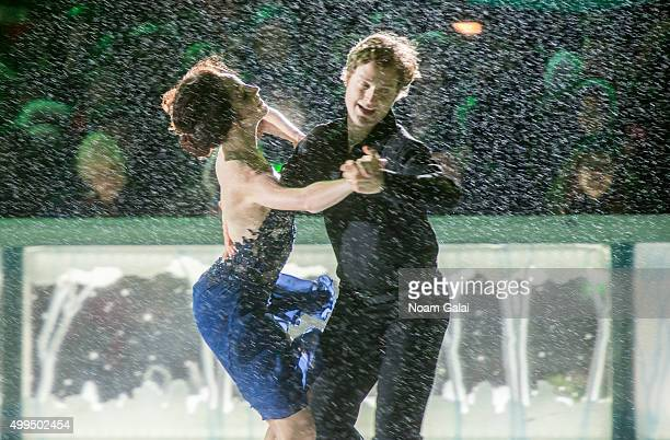 Ice dancers Meryl Davis and Charlie White perform during the 2015 Bryant Park Christmas tree lighting at Bryant Park on December 1 2015 in New York...