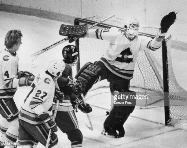Ice Hockey Colorado Rockies Michel Plasse Goal ***** Goud Catch Plasse's fancy stop thwarts Blues' attack Colorado Rockies goalie Michael Plasse...