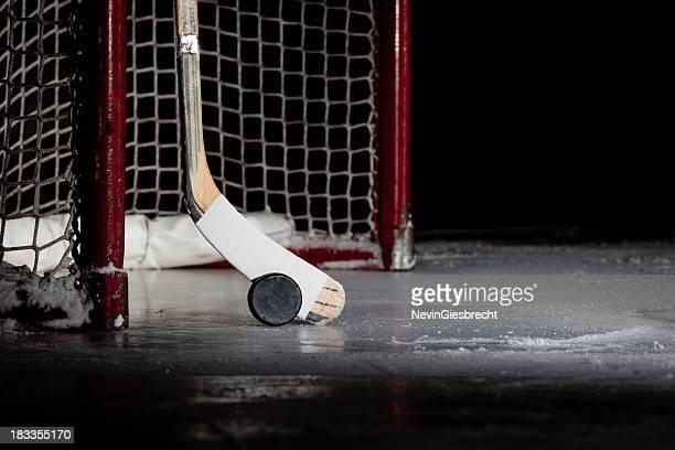 Eishockey-netto, Puck und Schläger
