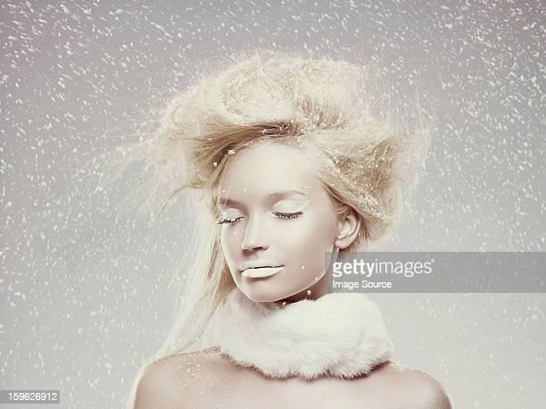 Ice maiden im Schnee