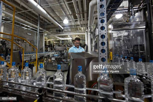 Iceberg Vodka factory in St John's As more icebergs drift south due to climate change a few enterprising seafarers have begun harvesting their ice...