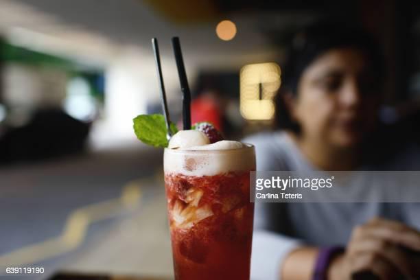 Iced tea cocktail at a street side bar
