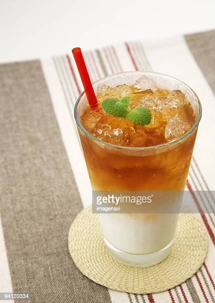 Iced tea with milk