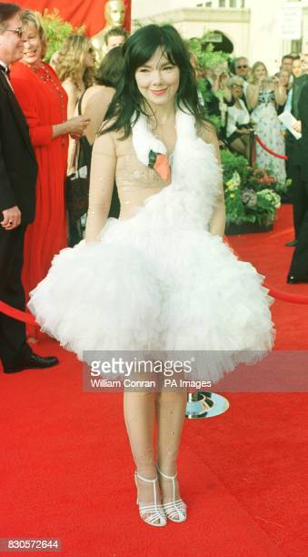 Icelandic pop star Bjork wearing a creation by Marjan Djodjov Pejoski arriving for the 73rd Annual Academy Awards at the Shrine Auditorium in Los...