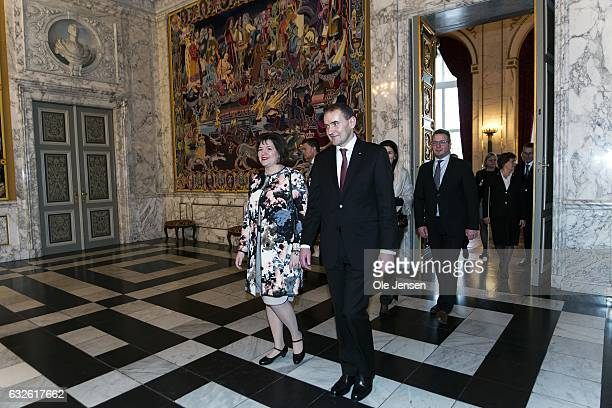 Icelandic President Gudni Thorlacius Johannesson C and wife Eliza Jean Reid enter the Great Hall during their tour through the Danish Parliament...