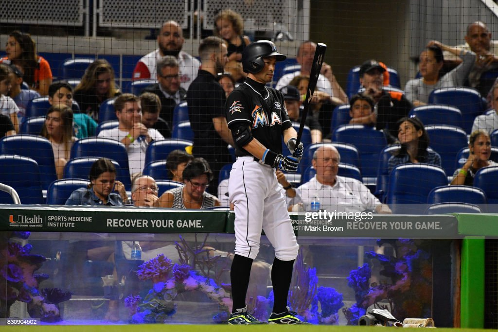 Ichiro Suzuki #51 of the Miami Marlins gets ready to pinch hit in the sixth inning during the game between the Miami Marlins and the Colorado Rockies at Marlins Park on August 12, 2017 in Miami, Florida.