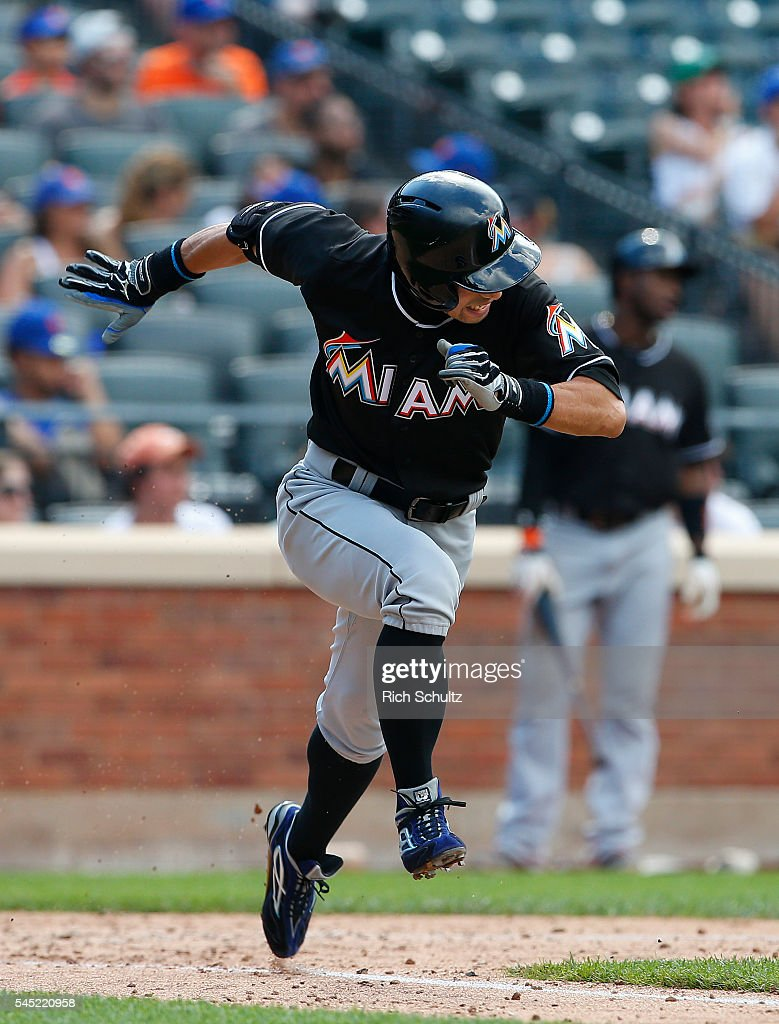 Ichiro Suzuki #51 of the Miami Marlins runs to first after hitting a ground ball to shortstop in the ninth inning against the New York Mets at Citi Field on July 6, 2016 in the Flushing neighborhood of the Queens borough of New York City. The Mets defeated the Marlins 4-2.