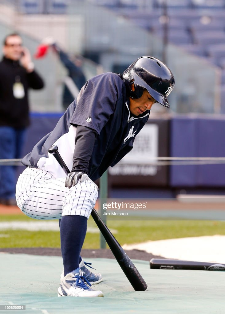 Ichiro Suzuki #31 of the New York Yankees during batting practice before a game against the Boston Red Sox at Yankee Stadium on April 4, 2013 in the Bronx borough of New York City. The Yankees defeated the Red Sox 4-2.