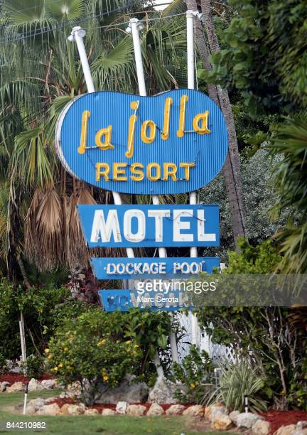 Iconic HotelsRestuarants Marina's and buildings sit vacant and boarded up in the Florida Keys on September 8 2017 in Islamorada Florida The entire...