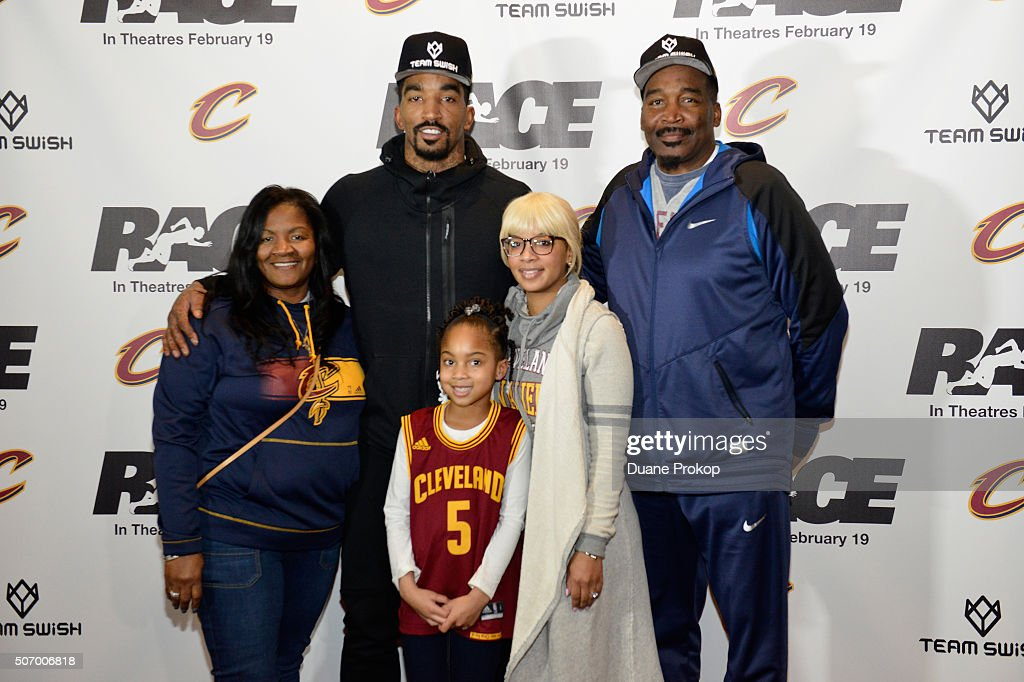 Image result for JR Smith and wife Jewel   getty image
