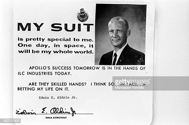 Identification badge of Buzz Aldrin composed by passportphoto sign and a short text