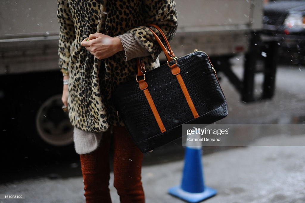 Idil Tabanca, Editor In Chief of Bullet, attends the Cushnie Et Ochs show wearing Yargici bag on February 8, 2013 in New York City.