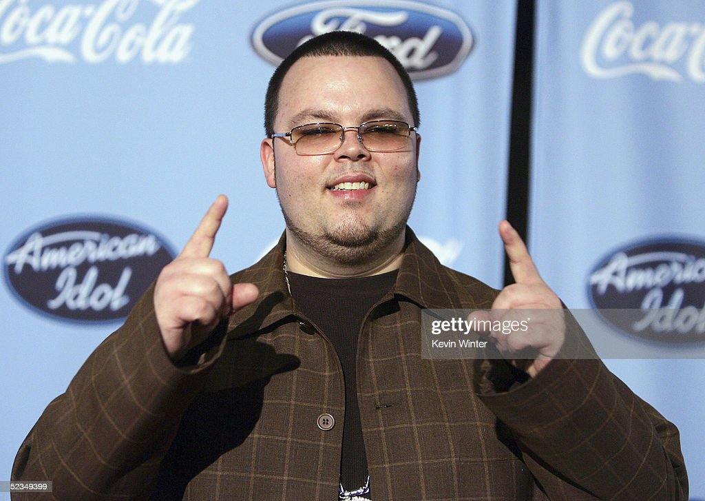 Idol's Scott Savol arrives at a party to celebrate the 'American Idol' Top 12 Finalists at Astra West on March 9, 2005 in West Hollywood, California.