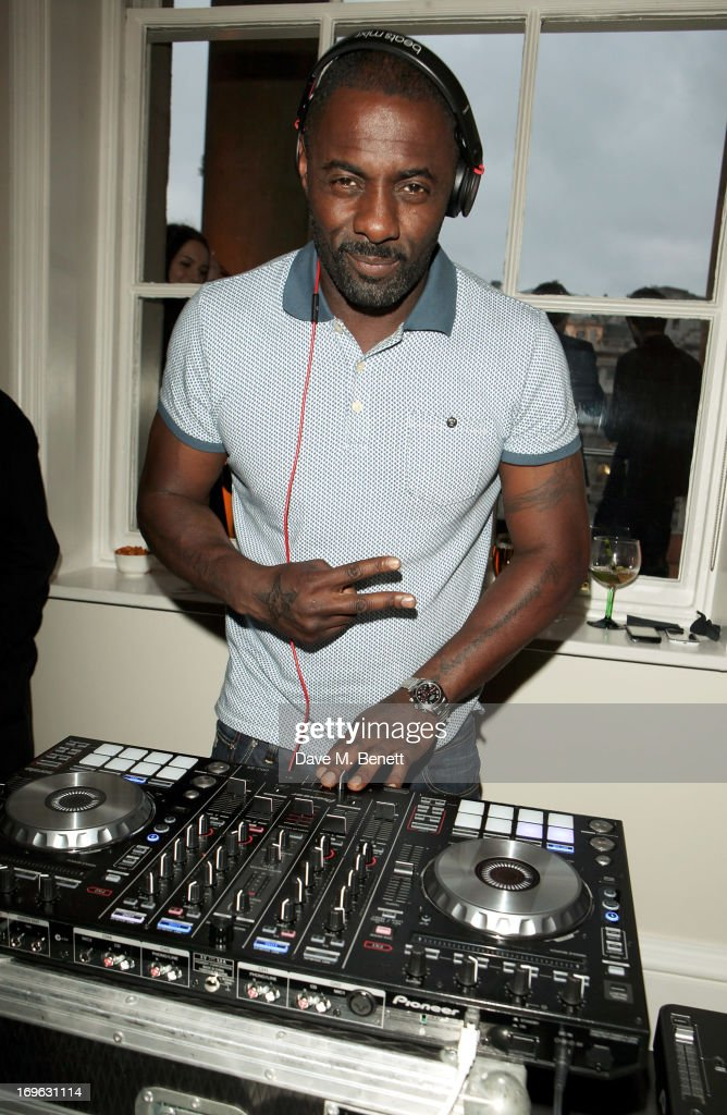 <a gi-track='captionPersonalityLinkClicked' href=/galleries/search?phrase=Idris+Elba&family=editorial&specificpeople=215443 ng-click='$event.stopPropagation()'>Idris Elba</a> DJ's at attends the Esquire Summer Party in association with Stella Artois at Somerset House on May 29, 2013 in London, England.
