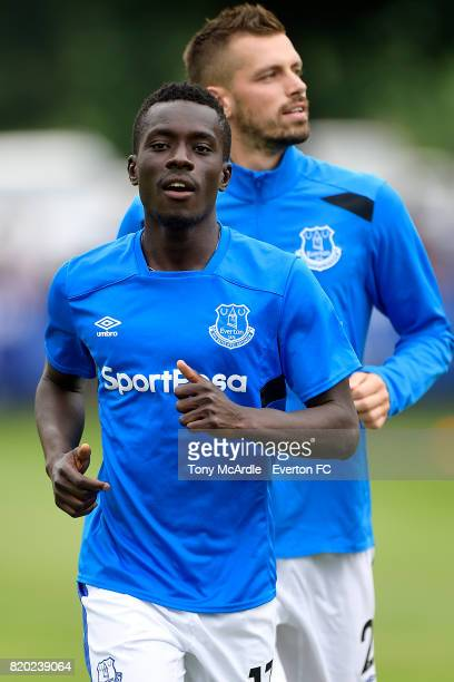 Idrissa Gueye and Morgan Schneiderlin of Everton before the preseason friendly match between FC Twente and Everton FC on July 19 2017 in De Lutte...