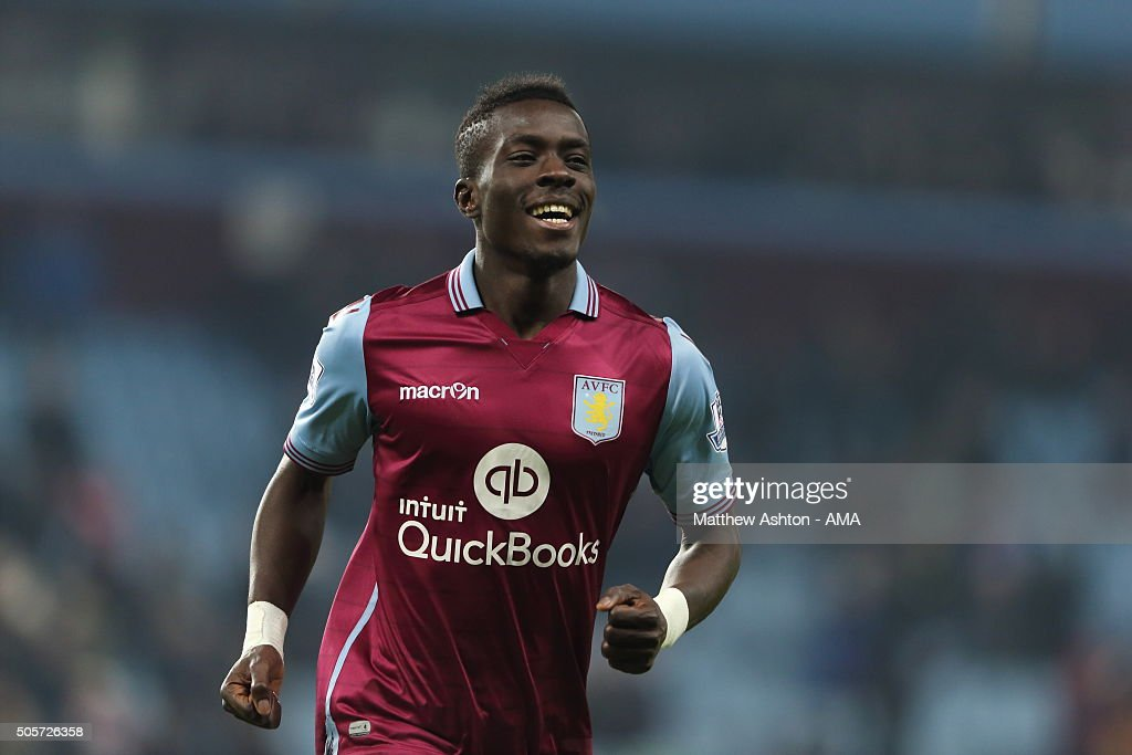 <a gi-track='captionPersonalityLinkClicked' href=/galleries/search?phrase=Idrissa+Gueye&family=editorial&specificpeople=7312174 ng-click='$event.stopPropagation()'>Idrissa Gueye</a> of Aston Villa celebrates after scoring a goal to make it 2-0 during the Emirates FA Cup match between Aston Villa and Wycombe Wanderers at Villa Park on January 19, 2016 in Birmingham, England.