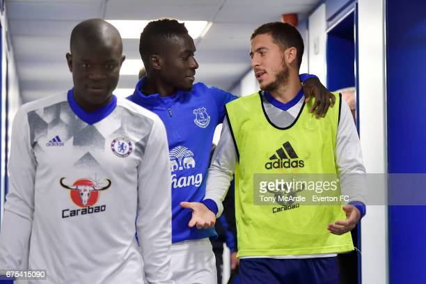 Idrissa Gueye of Everton in the tunnel with N'Golo Kante and Eden Hazard of Chelsea before the Premier League match between Everton and Chelsea at...