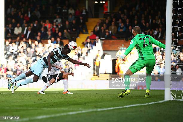 Idrissa Sylla of Queens Park Rangers scores his sides second goal during the Sky Bet Championship match between Fulham and Queens Park Rangers at...
