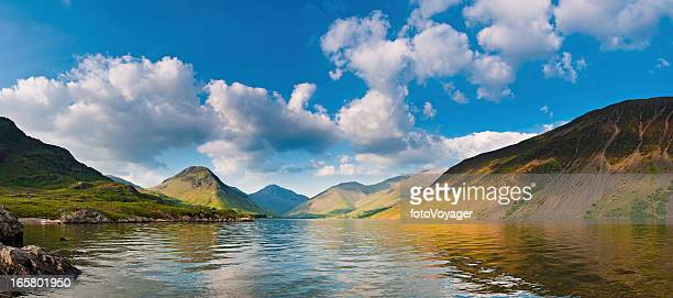 Paysage idyllique English Lake District Cumbria Angleterre panorama Scafell Wast Water