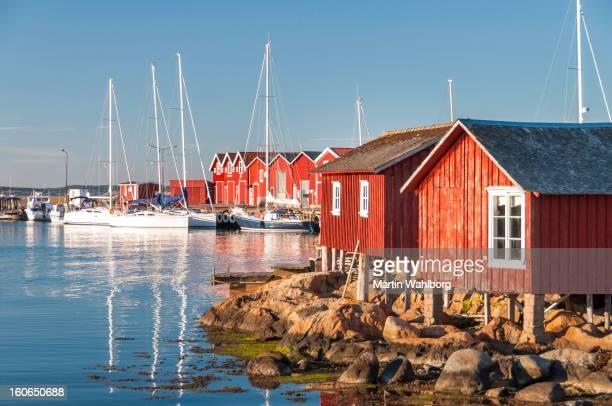 Idyllique Knippla marina. Bohuslan, Suède