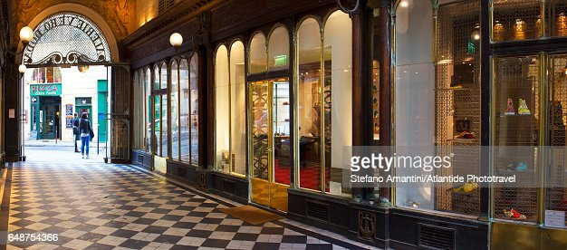 Ier arrondissement, Galerie Véro-Dodat, one of the covered passages of Paris : Stock Photo