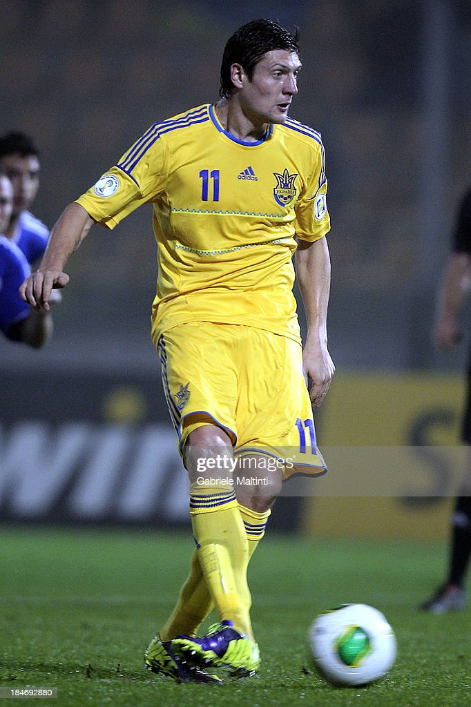 Ievggen Seleznov of Ukraine scores the opening goal during the FIFA 2014 World Cup Qualifier Group H match between San Marino and Ukraine at Serravalle Stadium on October 15, 2013 in Serravalle, Italy.
