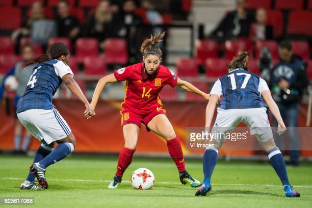 Ifeoma Dieke of Scotland women Vicky Losada of Spain women Frankie Brown of Scotland women during the UEFA WEURO 2017 Group D group stage match...