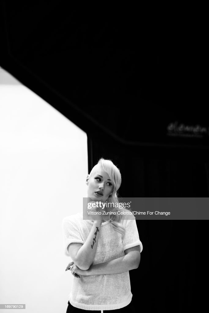 <a gi-track='captionPersonalityLinkClicked' href=/galleries/search?phrase=Iggy+Azalea&family=editorial&specificpeople=8558263 ng-click='$event.stopPropagation()'>Iggy Azalea</a> backstage at the 'Chime For Change: The Sound Of Change Live' Concert at Twickenham Stadium on June 1, 2013 in London, England. Chime For Change is a global campaign for girls' and women's empowerment founded by Gucci with a founding committee comprised of Gucci Creative Director Frida Giannini, Salma Hayek Pinault and Beyonce Knowles-Carter.