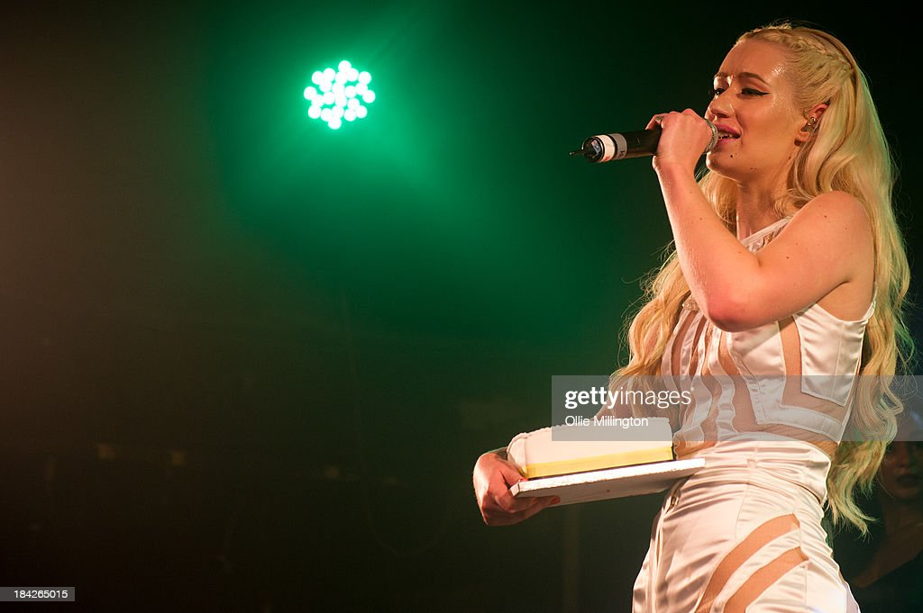 <a gi-track='captionPersonalityLinkClicked' href=/galleries/search?phrase=Iggy+Azalea&family=editorial&specificpeople=8558263 ng-click='$event.stopPropagation()'>Iggy Azalea</a> performs at G-A-Y on October 12, 2013 in London, England.