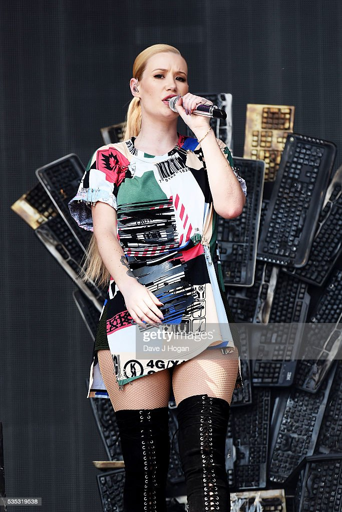 Iggy Azalea performs during day 2 of BBC Radio 1's Big Weekend at Powderham Castle on May 29, 2016 in Exeter, England.