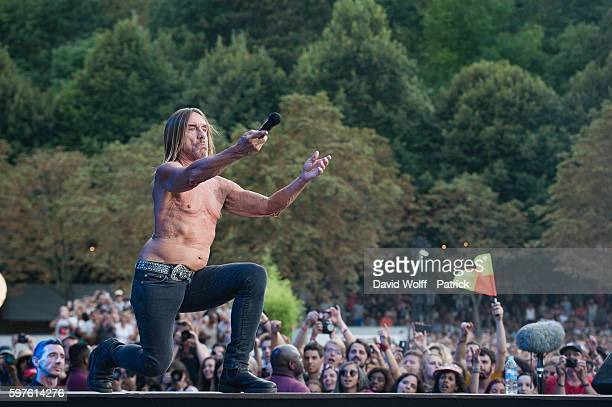 Iggy Pop performs at Rock en Seine on August 28 2016 in Paris France