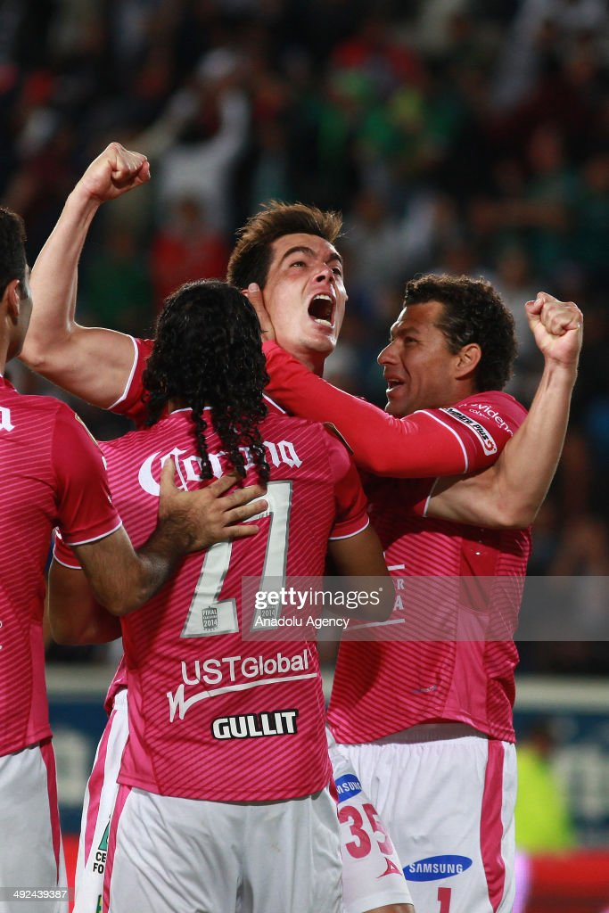 Ignacio Gonzalez of Leon celebrates after scoring a goal during the Liga BBVA Bancomer MX (Mexican Soccer League) final match between Pachuca and Leon at Hidalgo Stadium on May 18, 2014 in Pachuca, Mexico.