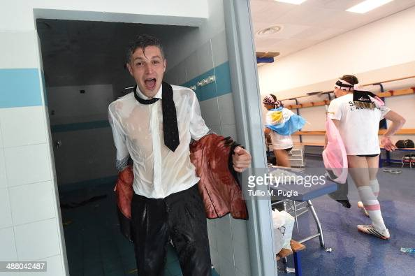 Igor Budan team manager of of Palermo celebrates after winning the Serie B match between Novara Calcio and US Citta di Palermo and gaining promotion...