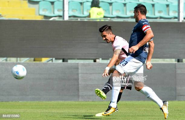 Igor Coronado of Palermo scores after his team's second goal during the Serie B match between US Citta di Palermo and Empoli FC at Stadio Renzo...