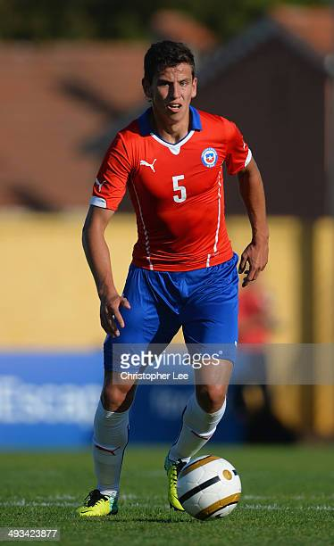 Igor Lichnovsky of Chile in action during the Toulon Tournament Group A match between Portugal and Chile at the Stade Perruc on May 23 2014 in Hyeres...