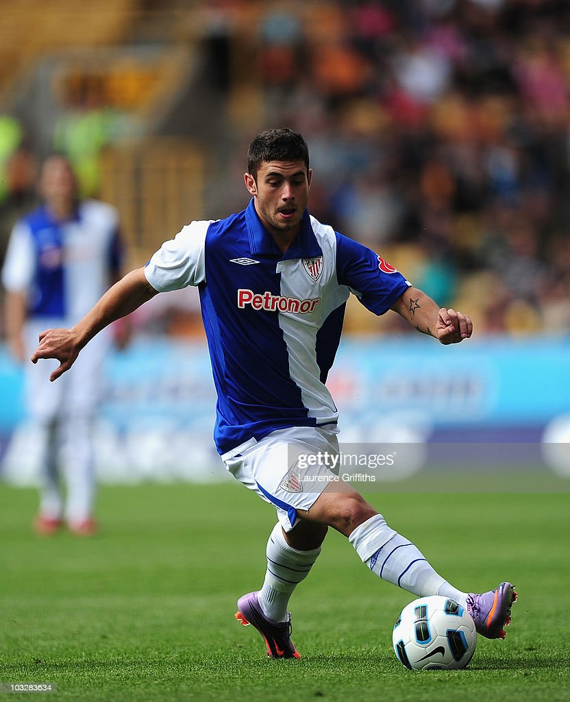 Igor Martinez of Atletic Bilbao in action during the Pre Season Friendly match between Wolverhampton Wanderers and Atletico Blbao at Molineux on August 7, 2010 in Wolverhampton, England.