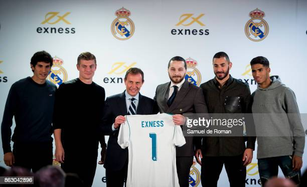 Igor Rudi Emilio Butragueno Jesus Vallejo Toni Kroos Karim Benzema and Achraf Hakimi during the Real Madrid and Exness partnership presentation at...