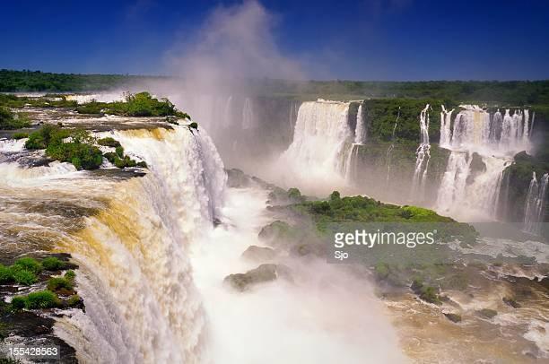 Deslumbrante vista do Iguaçu Falls, uma das novas sete Maravilhas