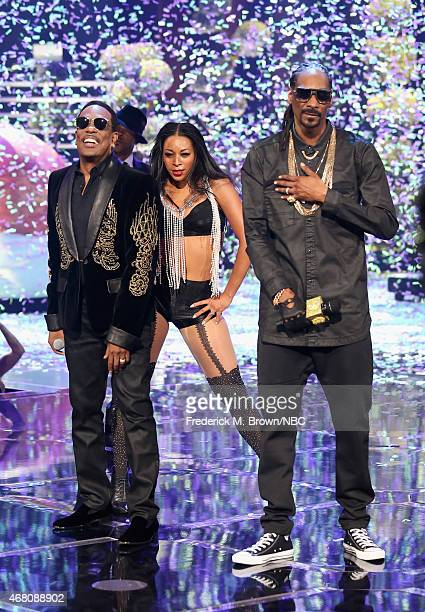 iHEARTRADIO MUSIC AWARDS Pictured Singer Charlie Wilson and rapper Snoop Dogg perform onstage at the iHeartRadio Music Awards held at the Shrine...