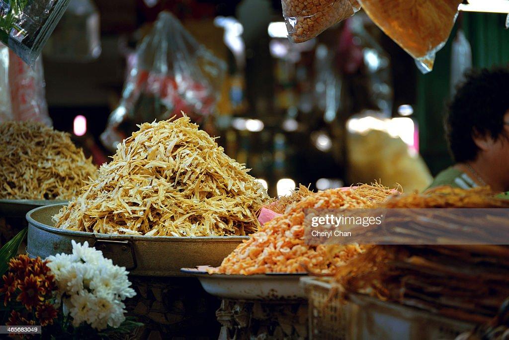 Ikan bilis sun-dried anchovy : Stock Photo