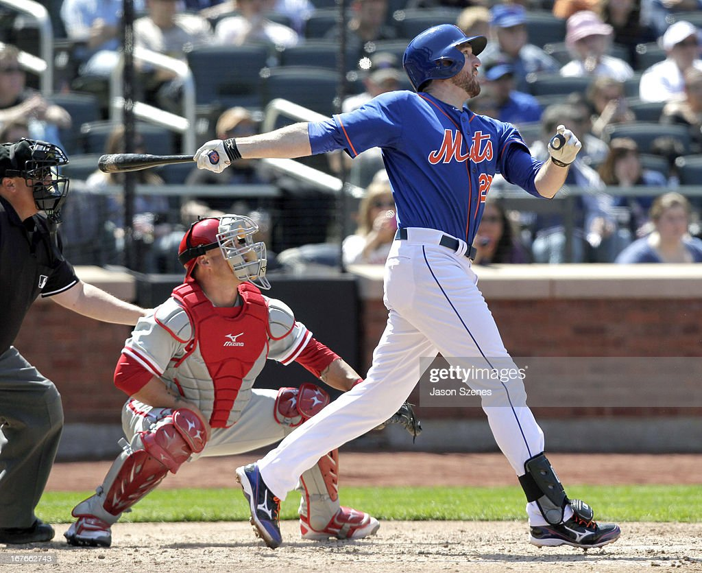 <a gi-track='captionPersonalityLinkClicked' href=/galleries/search?phrase=Ike+Davis&family=editorial&specificpeople=2349664 ng-click='$event.stopPropagation()'>Ike Davis</a> #29 of the New York Mets connects on a RBI sacrifice fly in the fourth inning at Citi Field on April 27, 2013 in the Flushing neighborhood of the Queens borough of New York City. (Photo by Jason Szenes/Getty Images
