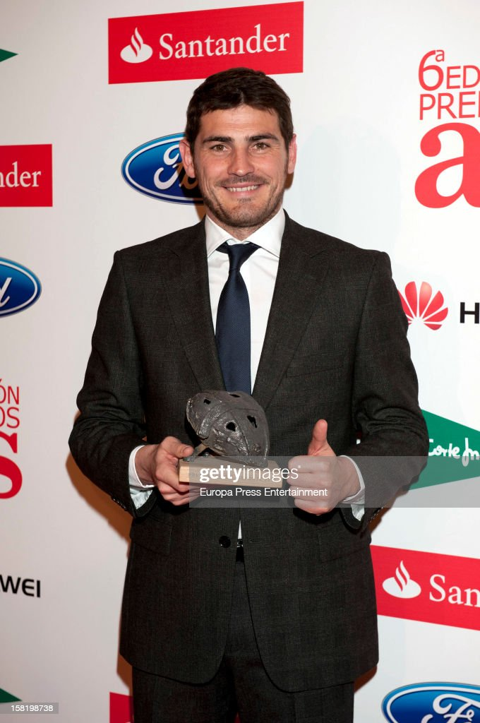 <a gi-track='captionPersonalityLinkClicked' href=/galleries/search?phrase=Iker+Casillas&family=editorial&specificpeople=215446 ng-click='$event.stopPropagation()'>Iker Casillas</a> attends As Del Deporte' Awards 2012 on December 10, 2012 in Madrid, Spain.