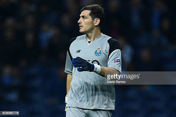 Iker Casillas of FC Porto looks on during the UEFA Champions League match between FC Porto and Leicester City FC at Estadio do Dragao on December 7...