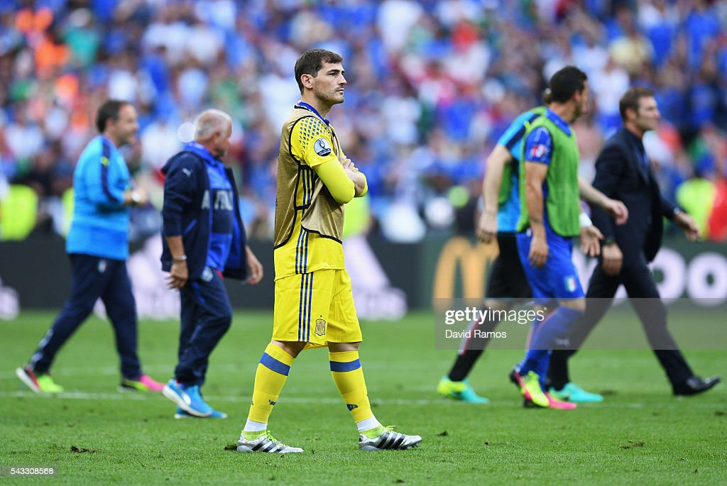 <a gi-track='captionPersonalityLinkClicked' href=/galleries/search?phrase=Iker+Casillas&family=editorial&specificpeople=215446 ng-click='$event.stopPropagation()'>Iker Casillas</a> of Spain leaves the pitch after the UEFA EURO 2016 round of 16 match between Italy and Spain at Stade de France on June 27, 2016 in Paris, France.