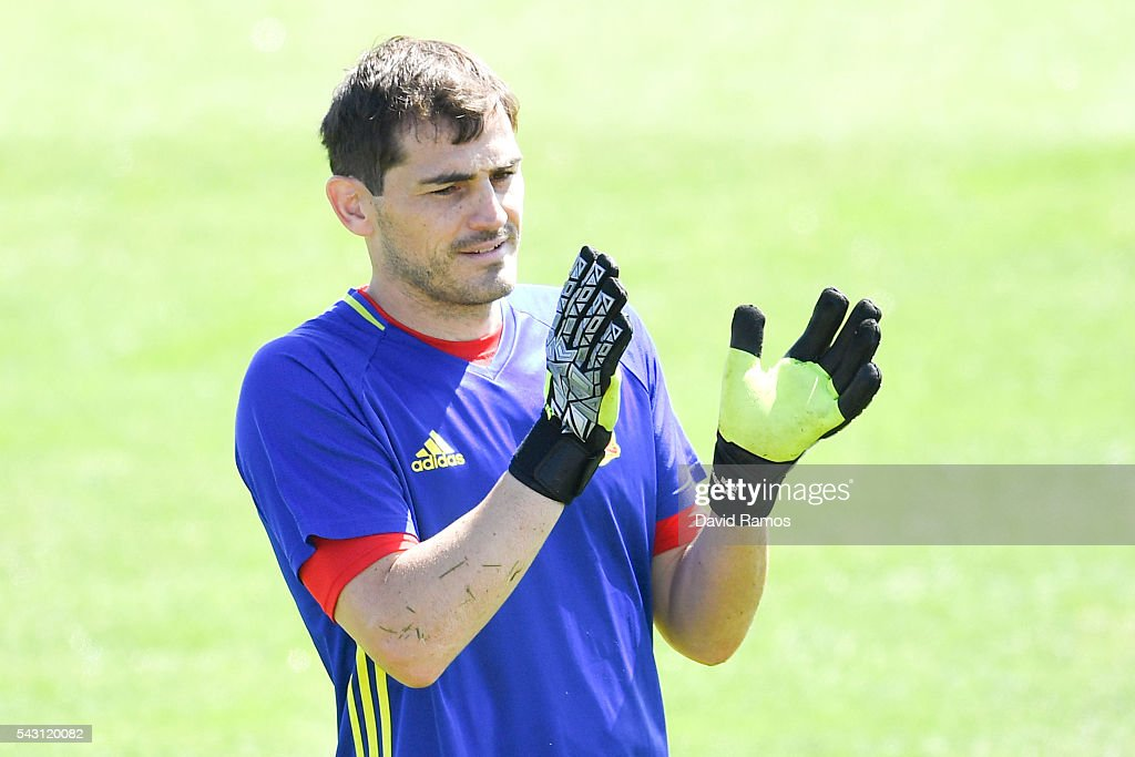 <a gi-track='captionPersonalityLinkClicked' href=/galleries/search?phrase=Iker+Casillas&family=editorial&specificpeople=215446 ng-click='$event.stopPropagation()'>Iker Casillas</a> of Spain reacts during a training session ahead of their UEFA Euro 2016 round of 16 match against Italy at Complexe Sportif Marcel Gaillard on June 26, 2016 in La Rochelle, France.