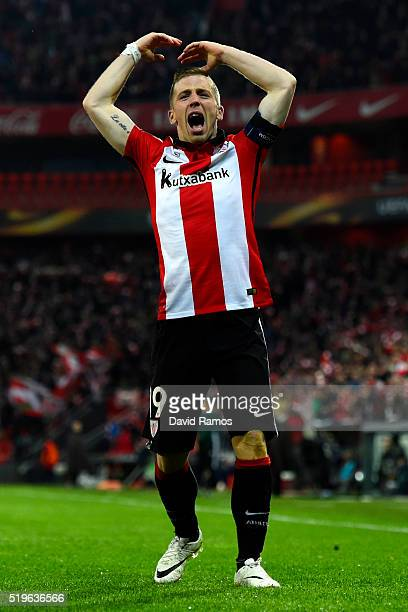 Iker Muniain of Athletic Club Bilbao celebrates as Aritz Aduriz scores their first goal during the UEFA Europa League quarter final first leg match...