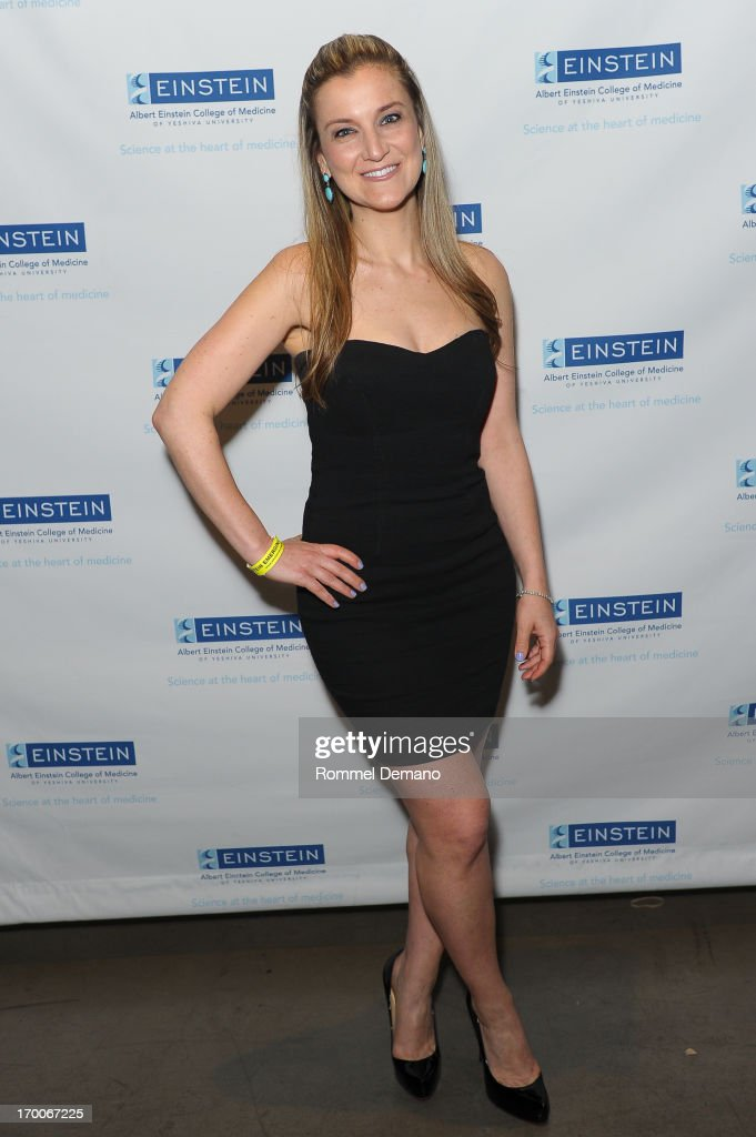 Ilana Derman attends the Einstein Emerging Leaders 2nd Annual Gala at Dream Downtown on June 6, 2013 in New York City.