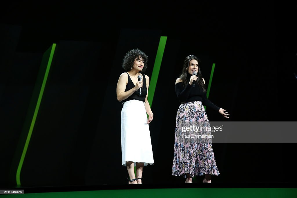 <a gi-track='captionPersonalityLinkClicked' href=/galleries/search?phrase=Ilana+Glazer&family=editorial&specificpeople=10861068 ng-click='$event.stopPropagation()'>Ilana Glazer</a> and <a gi-track='captionPersonalityLinkClicked' href=/galleries/search?phrase=Abbi+Jacobson&family=editorial&specificpeople=12333694 ng-click='$event.stopPropagation()'>Abbi Jacobson</a> speak on stage during the 2016 Hulu Upftont - Presentation on May 04, 2016 in New York, New York.