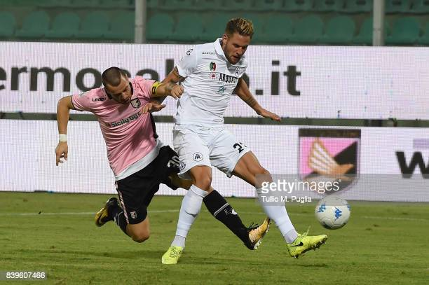Ilija Nestorovski of Palermo scores his team's second goal during the Serie B match between US Citta di Palermo and AC Spezia at Stadio Renzo Barbera...